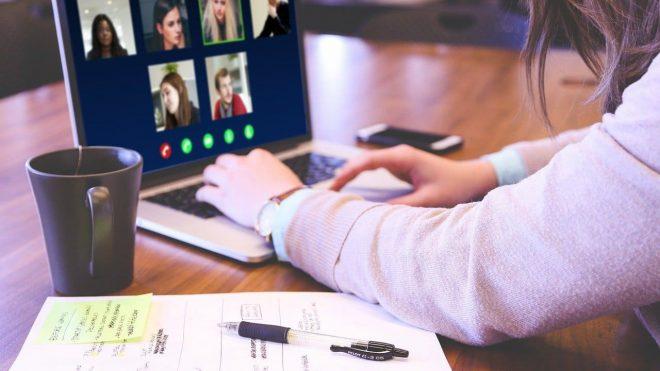 ¿Es posible realizar consultas laborales por videollamada?