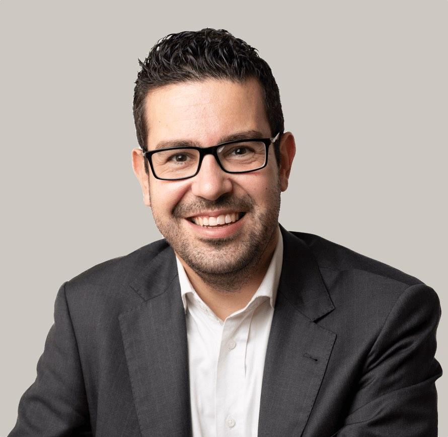 Adrián Antón recursos humanos Elche